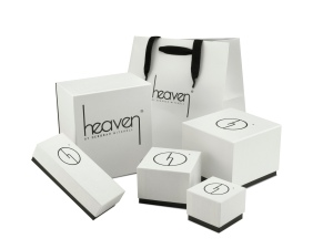 Beautifully branded gift boxes to make your Christmas gifts special!